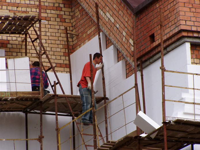 Кто должен производить ремонт фасадов индивидуальных жилых домов